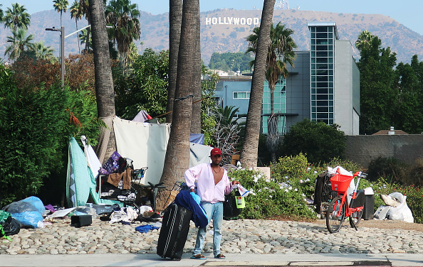 Homelessness「Los Angeles Seeks To Increase Restrictions On Homeless Sleeping On Sidewalks」:写真・画像(0)[壁紙.com]