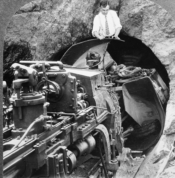 skyscraper「Tunnel Boring Machine For NYC Subway」:写真・画像(2)[壁紙.com]