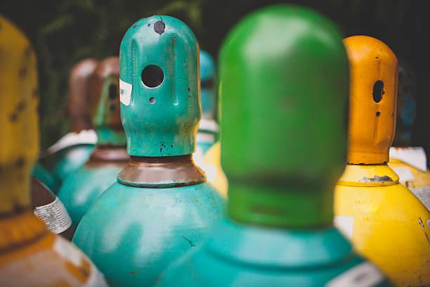 Propane gas cylinders:スマホ壁紙(壁紙.com)