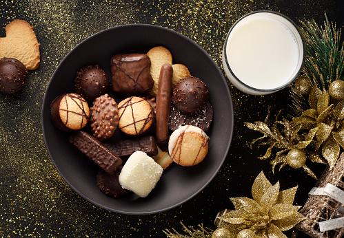 Snack「Fancy chocolate cookies and milk」:スマホ壁紙(18)
