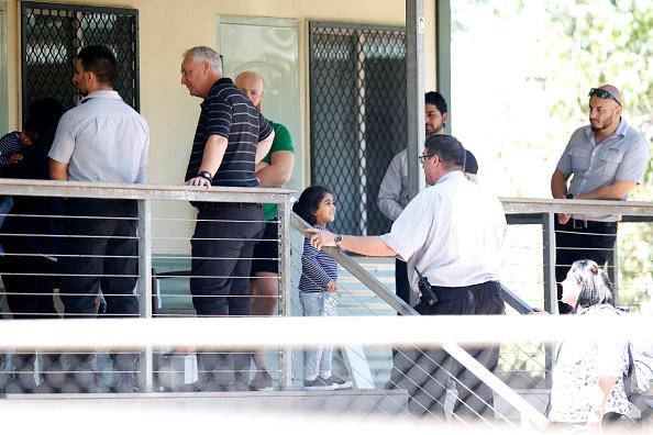 Darrian Traynor「Tamil Asylum Seeker Family Deportation Delayed Following Last-Minute Injunction」:写真・画像(15)[壁紙.com]