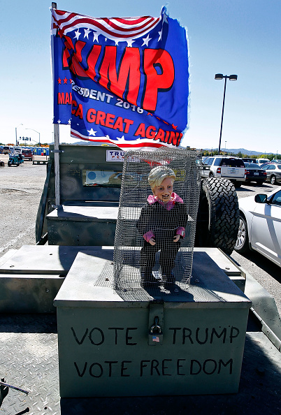 Cage「Republican Presidential Nominee Donald Trump Holds Rally In Arizona」:写真・画像(3)[壁紙.com]