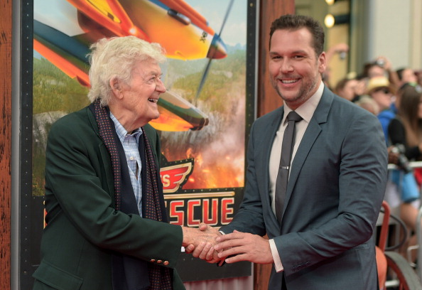 "El Capitan Theatre「Premiere Of Disney's ""Planes: Fire & Rescue"" - Arrivals」:写真・画像(16)[壁紙.com]"