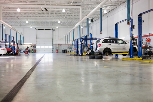 Car Dealership「Service Station Garage」:スマホ壁紙(17)