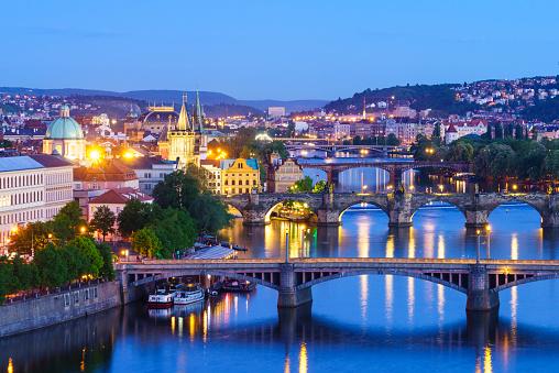 Hradcany Castle「Prague at dusk」:スマホ壁紙(8)