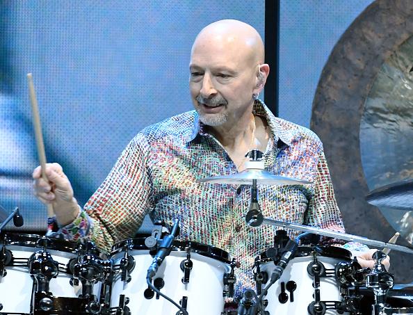 Steve Smith - Musician「Journey Begins Second Residency At The Hard Rock In Las Vegas」:写真・画像(9)[壁紙.com]