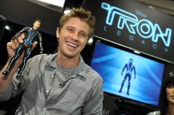 "Comic con「Disney's ""Tron: Legacy"" Booth at Comic-Con」:写真・画像(7)[壁紙.com]"