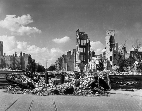Fred Ramage「Nazi Aftermath」:写真・画像(13)[壁紙.com]