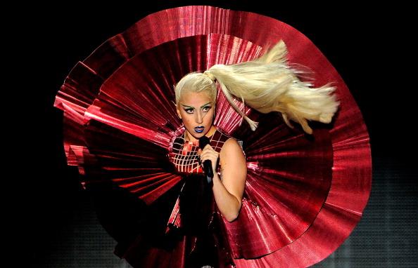 Live Event「MTV Europe Music Awards 2011 - Show」:写真・画像(2)[壁紙.com]