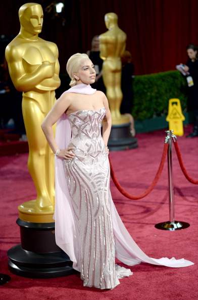 Strapless Evening Gown「86th Annual Academy Awards - Arrivals」:写真・画像(15)[壁紙.com]