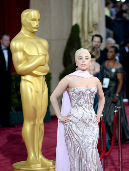 Strapless Evening Gown「86th Annual Academy Awards - Arrivals」:写真・画像(14)[壁紙.com]