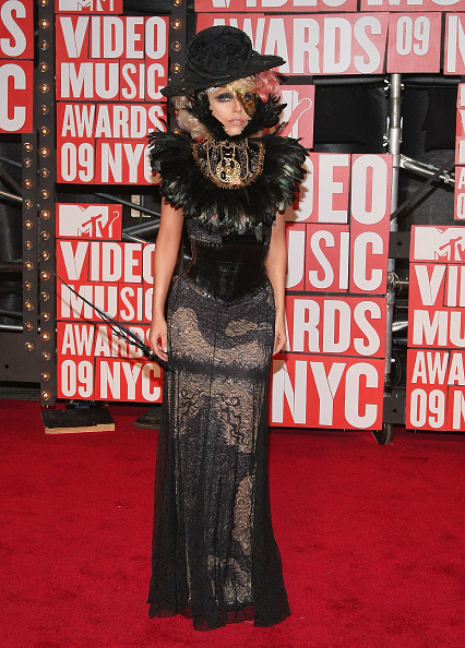 Black Color「2009 MTV Video Music Awards - Arrivals」:写真・画像(2)[壁紙.com]