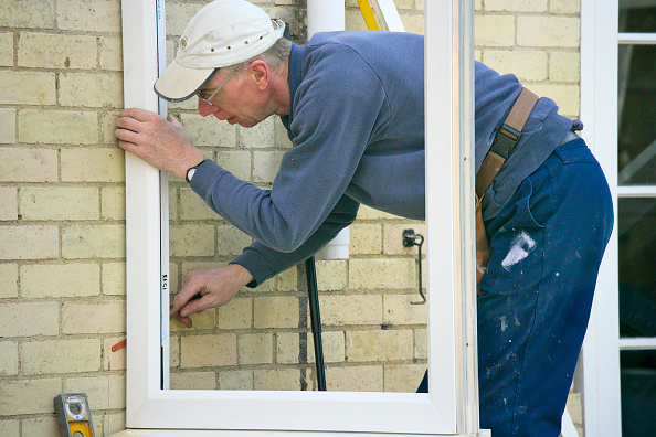 Window Frame「Step by step construction of a conservatory」:写真・画像(16)[壁紙.com]