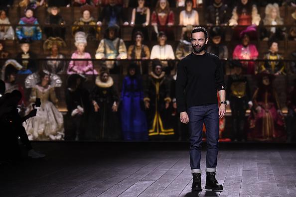 Full Length「Louis Vuitton : Runway - Paris Fashion Week Womenswear Fall/Winter 2020/2021」:写真・画像(0)[壁紙.com]