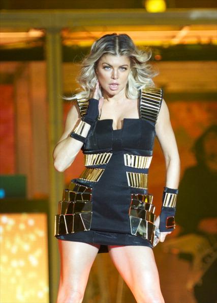 Fingerless Glove「Black Eyed Peas Perform In Concert In Madrid」:写真・画像(3)[壁紙.com]