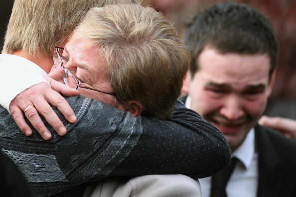 Mourner「Arson Attack Victims Funerals In Helensburgh」:写真・画像(10)[壁紙.com]