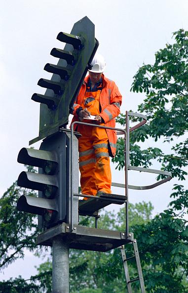 Repairing「Rail Maintenance」:写真・画像(12)[壁紙.com]