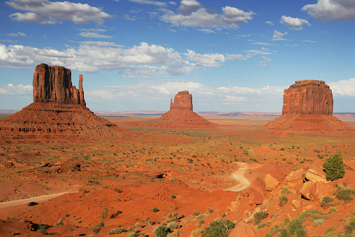 Monument Valley「The Mittens and Merrick Butte, Monument Valley, Arizona, America, USA」:スマホ壁紙(19)