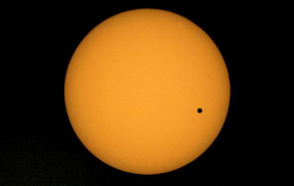 Spotted「Planet Venus Transits The Sun」:写真・画像(13)[壁紙.com]