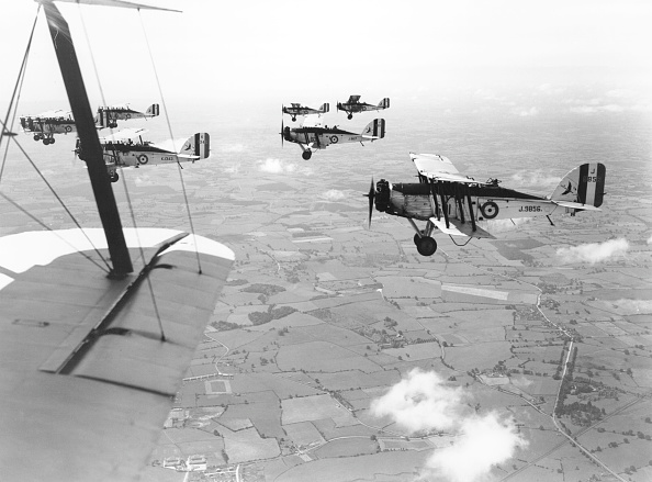 Red Deer - Animal「Westland Wapiti aircraft」:写真・画像(7)[壁紙.com]
