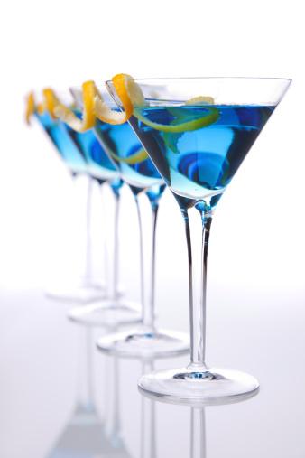 Cosmopolitan Cocktail「Vertical blue cocktails」:スマホ壁紙(4)