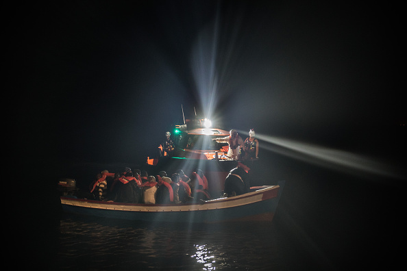 海「MOAS Conduct Rescue Operations Off The Libyan Coast」:写真・画像(12)[壁紙.com]