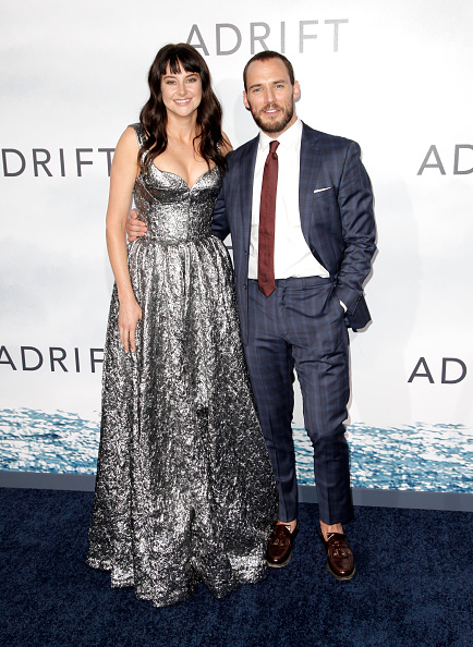 "Pocket Square「Premiere Of STX Films' ""Adrift"" - Arrivals」:写真・画像(10)[壁紙.com]"