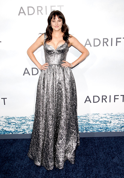 "Silver Colored「Premiere Of STX Films' ""Adrift"" - Arrivals」:写真・画像(12)[壁紙.com]"