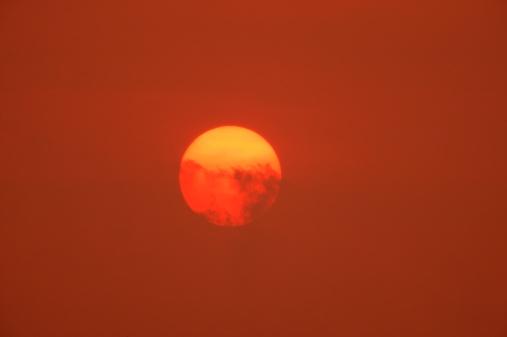 Fireball「Fireball in the sky」:スマホ壁紙(13)