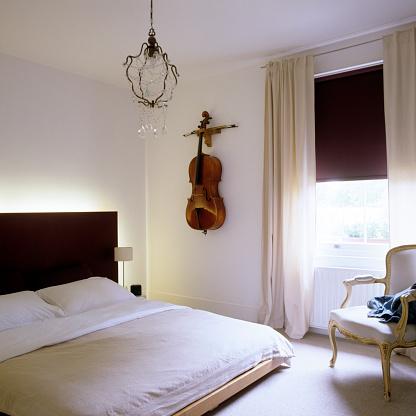 Cello「London white house」:スマホ壁紙(11)