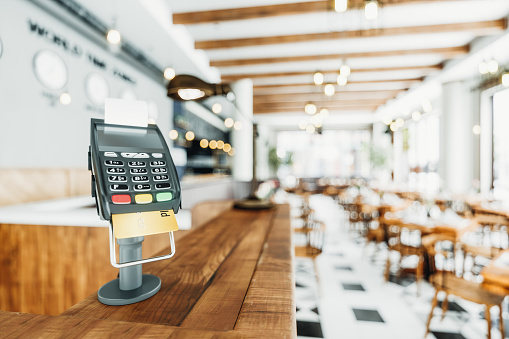 Cash Register「Counter-top Payment Terminal In A Restaurant」:スマホ壁紙(0)