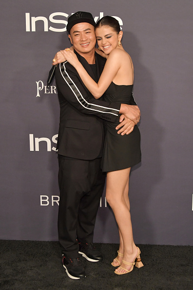 Hanging「3rd Annual InStyle Awards - Arrivals」:写真・画像(4)[壁紙.com]