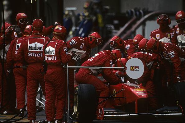 Mechanic「Eddie Irvine, Grand Prix Of Brazil」:写真・画像(18)[壁紙.com]