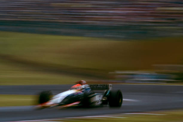 Japanese Formula One Grand Prix「Eddie Irvine, Grand Prix Of Japan」:写真・画像(6)[壁紙.com]