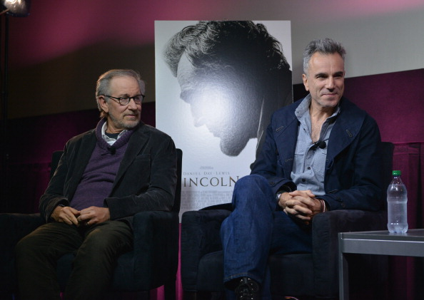 City Life「AMC Theaters® Presents A Conversation With Steven Spielberg And Daniel Day-Lewis Live Only On Yahoo! Movies」:写真・画像(17)[壁紙.com]