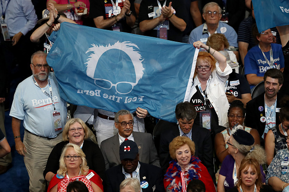 2016 United States Presidential Election「Democratic National Convention: Day One」:写真・画像(19)[壁紙.com]