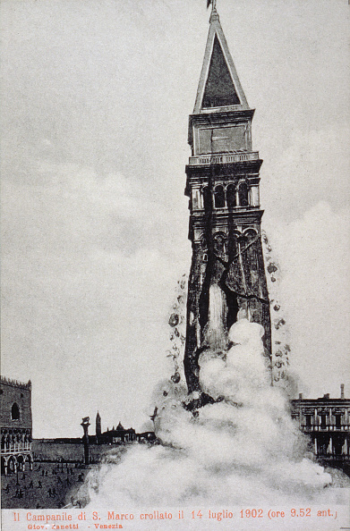 Fototeca Storica Nazionale「THE COLLAPSE OF THE BELL TOWER」:写真・画像(8)[壁紙.com]