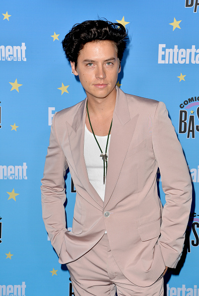 Cole Sprouse「Entertainment Weekly Comic-Con Celebration - Arrivals」:写真・画像(17)[壁紙.com]