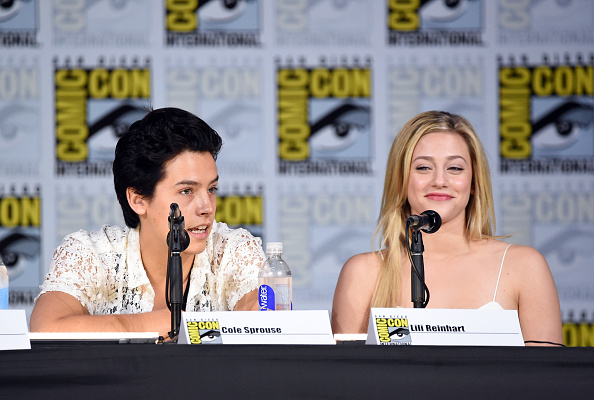 "Lili Reinhart「Comic-Con International 2017 - ""Riverdale"" Special Video Presentation And Q+A」:写真・画像(2)[壁紙.com]"