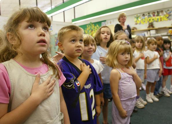 Instructor「Kindergardners Participate In National Pledge of Allegiance」:写真・画像(10)[壁紙.com]