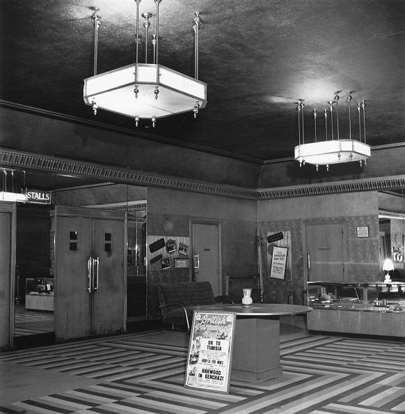 Lobby「Clacton Odeon」:写真・画像(15)[壁紙.com]