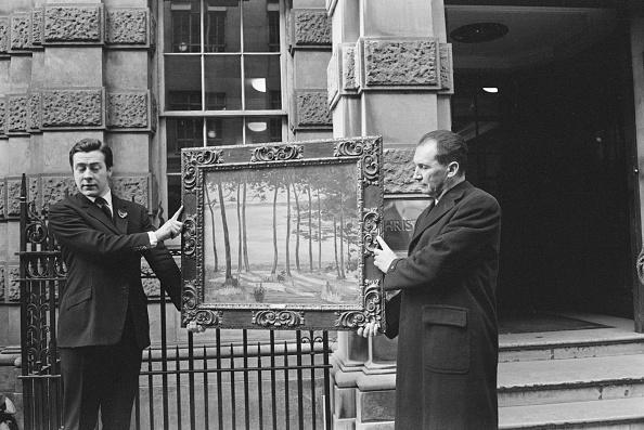 Ronald Dumont「Christie's Auction」:写真・画像(15)[壁紙.com]