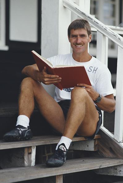 Club Soccer「Steve Harrison Watford Manager 1988」:写真・画像(18)[壁紙.com]
