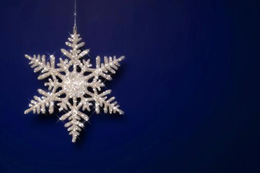 雪の結晶「輝くの雪の結晶」:スマホ壁紙(14)