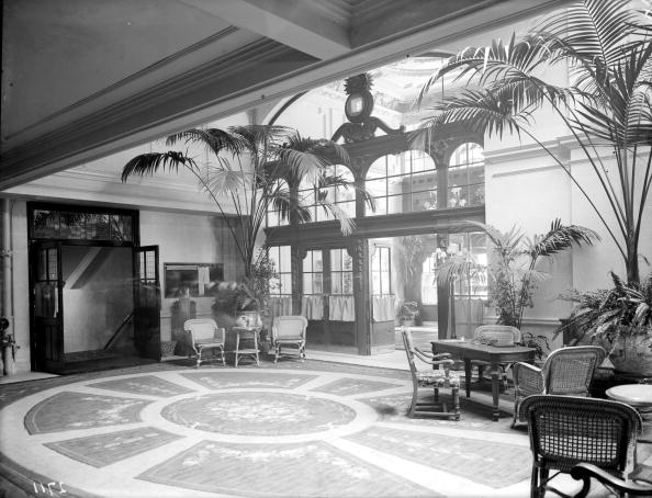 Topical Press Agency「Piccadilly Hotel」:写真・画像(18)[壁紙.com]