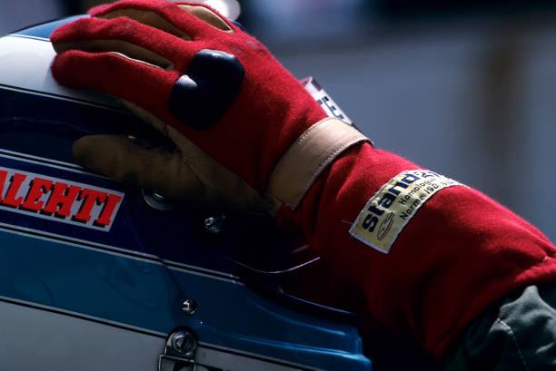 ミカ ハッキネン「Mika Häkkinen, Grand Prix Of Hungary」:写真・画像(12)[壁紙.com]