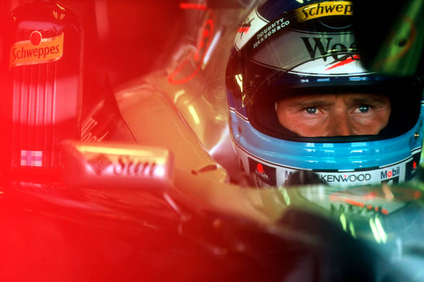 ミカ ハッキネン「Mika Häkkinen, Grand Prix Of Japan」:写真・画像(17)[壁紙.com]