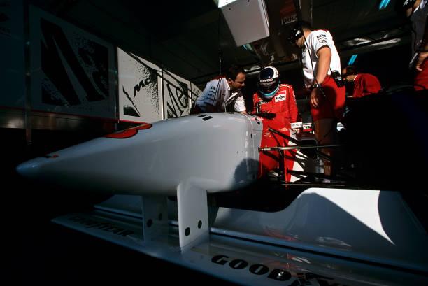 ミカ ハッキネン「Mika Häkkinen, Grand Prix Of Portugal」:写真・画像(19)[壁紙.com]