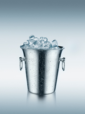 Cooler - Container「Ice in bucket」:スマホ壁紙(17)