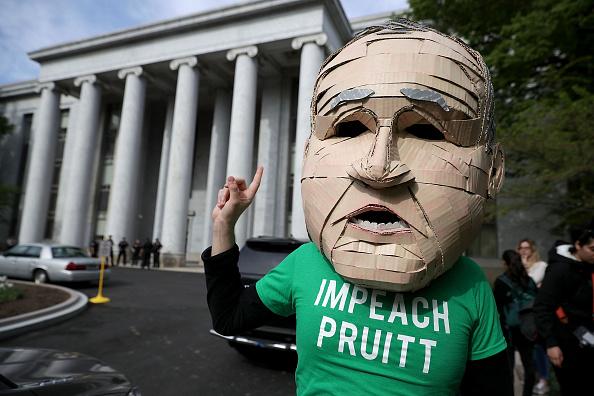 Environmental Protection Agency「EPA Administrator Scott Pruitt Testifies At House Hearing On FY2019 Budget」:写真・画像(12)[壁紙.com]